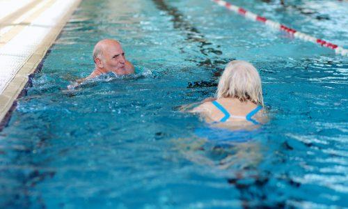 shutterstock_223200073 - zwemmen ouderen